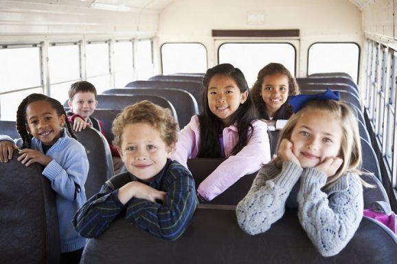 Bisnis Antar Jemput Anak Sekolah Kerja Sebentar Tapi Untung