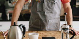 alat kopi untuk menyeduh kopi