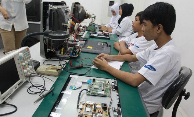 kursus elektronika untuk usaha