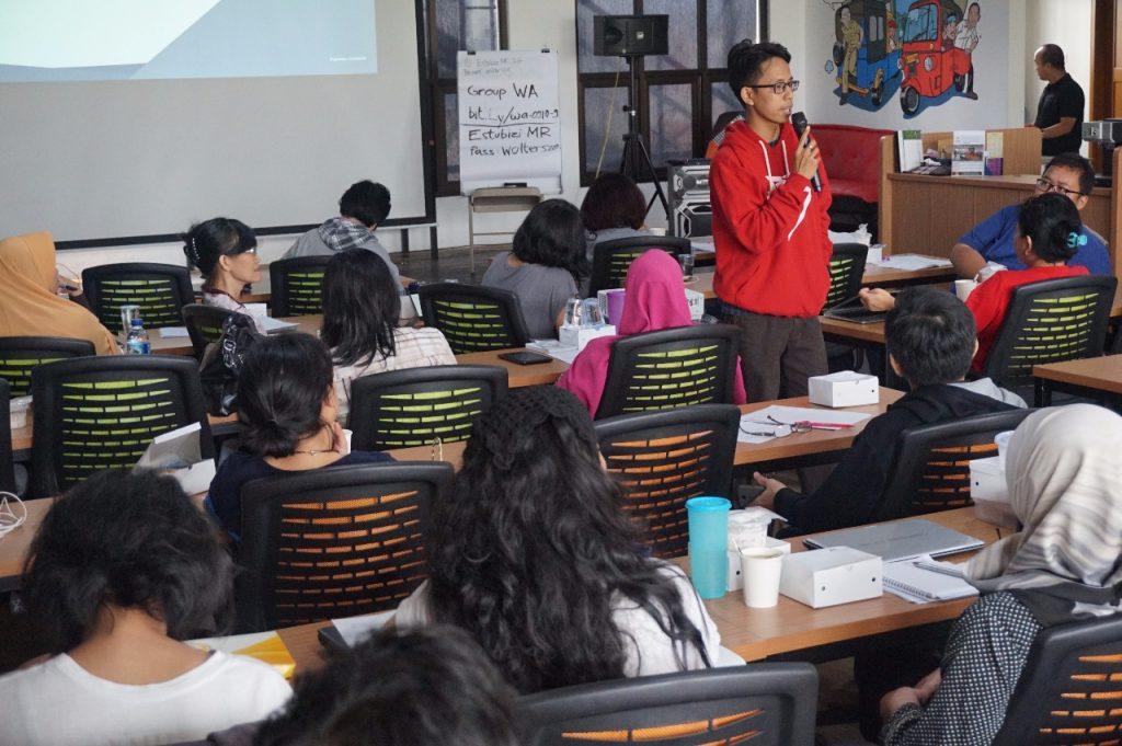 pembicara seminar ukm go Digital