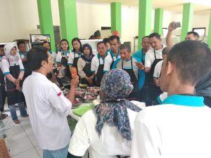 program pelatihan CSR pembuatan bakso